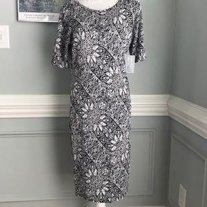 LuLaRoe NWT Julia Black&White Floral Dress SZ XL